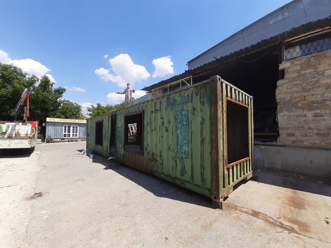 pereoborudovanie-kontejnerov-v-sevastopole